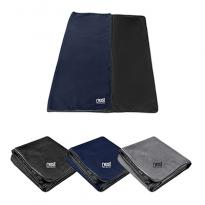 31605 - Oversized Waterproof Outdoor Blanket with Pouch
